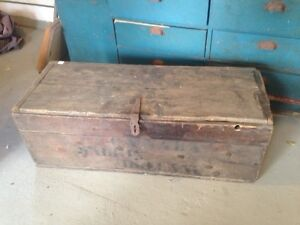For sale antique army box London Ontario image 2