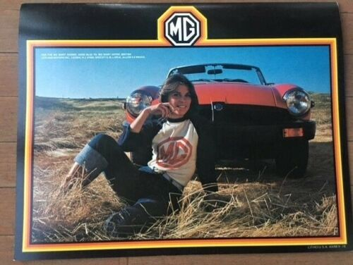 1978 MG MGB Brochure 8-pgs – Cute Girl in MG T-Shirt !