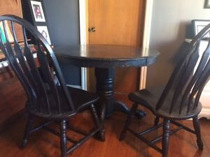 Solid Wood Table with 4 Chairs and Leaf