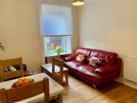Bright and modern 2 bedroom apartment on Gorgie Road, Slateford