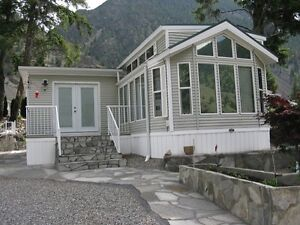 810 sq.ft.park model and large lot