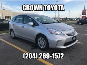 2012 TOYOTA PRIUS V HYBRID NAVIGATION! CLEAN CARPROOF! ONE OWNE