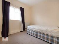 4 double bedroom on Stoke Newington High St