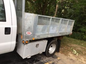 2006 FORD F350 4X4 CREW CAB WITH 9' BOX FORSALE