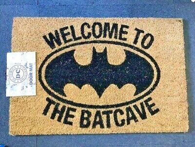 DC / BATMAN - LOGO BAT CAVE - DOORMAT - BRAND NEW...