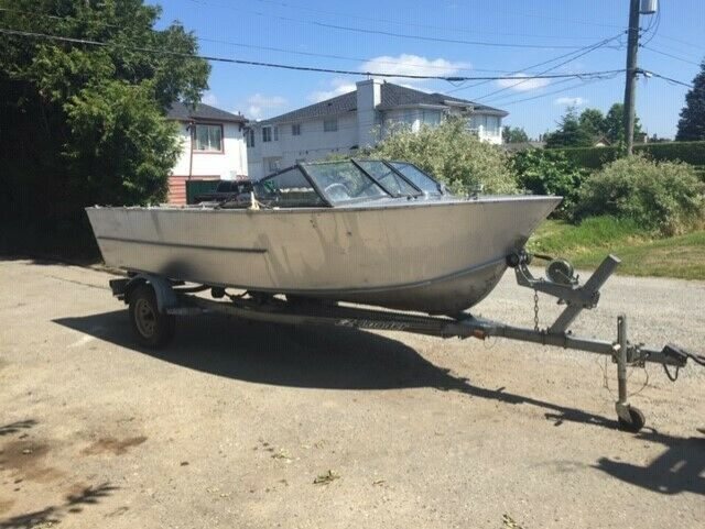 18 foot Hewescraft aluminum boat only no outboard | Powerboats & Motorboats  | Richmond | Kijiji