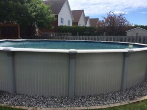 Pool for pick up
