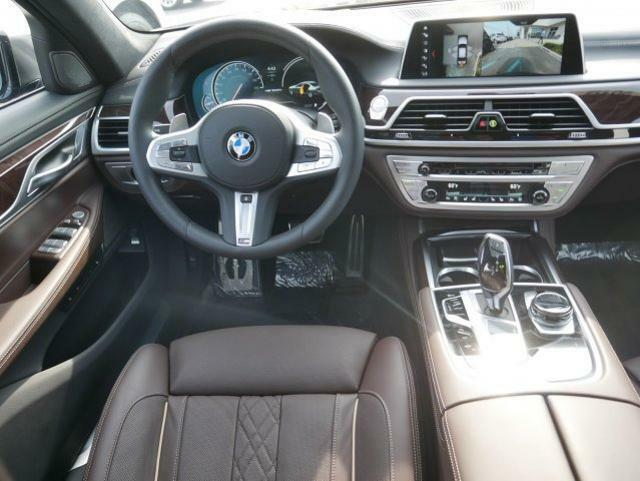 Image 14 Voiture Européenne d'occasion BMW 7-Series 2019