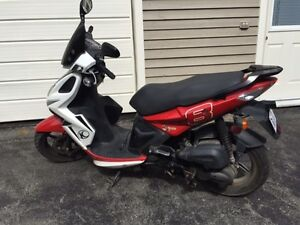 Scooter Kymco Super 8