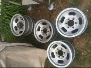 15x8 chevy and toyota rims