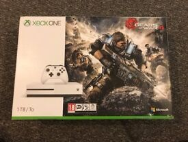 Brand New Sealed Xbox One S 1TB Gears of War 4 Console Bundle + 1 YEAR XBOX LIVE CODE