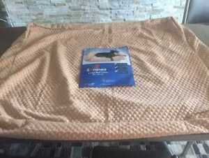 Large Waterproof dog bed cover (4Knines brand)