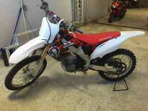 2012 Honda CRF 250R for only $59 bi-weekly! REDUCED!