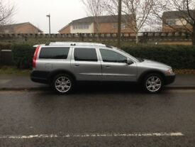 VOLVO XC70 for sale. Great family car.Perfect for summer getaways.