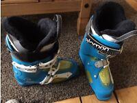 Salomon Focus ski boots size 26 (size 8)