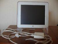 Apple Studio Display M7649 17-Inch