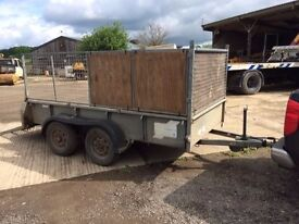 Iforwilliams caged trailer
