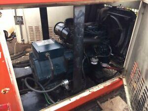 6KW kubota 3cyl diesel generator 120-240 volt year is 2006 encl