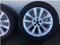 Ford alloys mint condition.