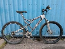 "Mountain Bike for sale - 21"" frame (6' - 6'3"") - 18 gears - In good condition"