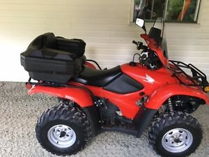 NEAR MINT 2009 HONDA 420 Trail Edition 4x4- Only 3,517 kms
