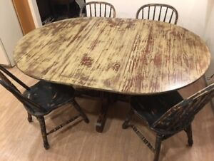 """48"""" Pedestal Table with leaf and 4 chairs"""