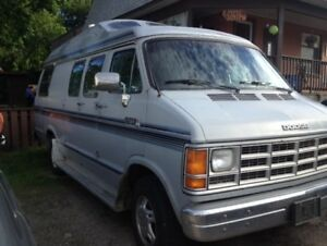 Certified - 1987 Roadtrek Home and Park B250  Van