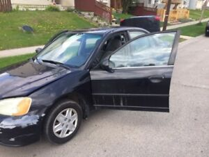 selling my 2003 honda civic 4 door car hail damage $800