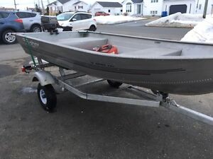 2005 aluminum boat Fisher lite 1261, trailer and 6hp