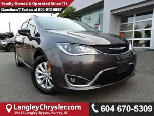 2017 Chrysler Pacifica Touring-L *MANAGERS DEMO* ACCIDENT FREE*