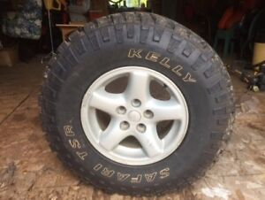4 jeep mud tires