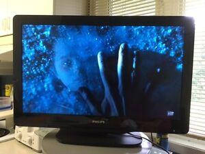 Télévison écran plat 32 pouces