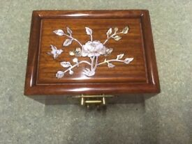 Chinese style trinket jewellery box