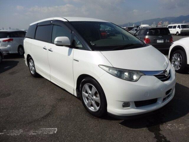 toyota estima hybrid 7 or 8 seater