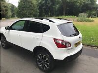 White Nissan Qashqai 360, - Excelent condition, one owner, full manufacturers service history