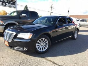 2012 Chrysler 300 Touring / V6 / BLUETOOTH / FOR ONLY $13 995!