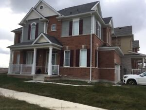 NEW 4 BEDROOM WHOLE HOUSE FOR RENT IN BRAMPTON