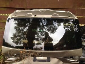 BMW X3 2007 Rear Tailgate with Glass Cambridge Kitchener Area image 1