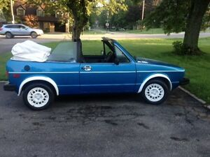 1981 VW cabrio STUNNING PAINT  Moving no room