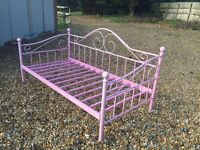 2 Pink Victorian Style Metal Day Beds