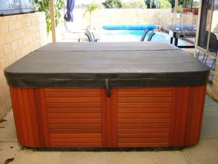 Spa Covers . Lockable, W.A manufactured custom made spa covers Carlisle Victoria Park Area Preview