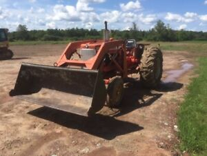1965 Allis-Chalmers D-17 Tractor For Sale
