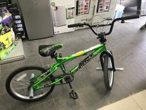 Green Bike ,          **Pick up at Outlet Direct**