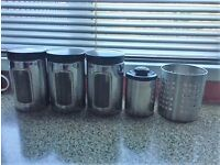 SILVER KITCHEN SET - ** NOW REDUCED TO ONLY £5 **