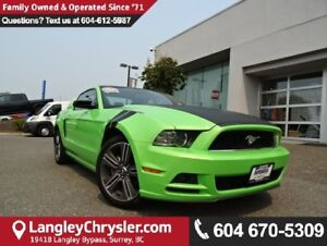 2014 Ford Mustang V6 Premium *ACCIDENT FREE*ONE OWNER*LOCAL B...