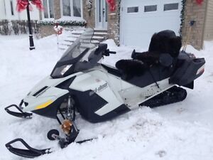 SKIDOO GRAND TOURING SE SPECIAL EDITION 2013