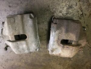 VW Front brake calipers