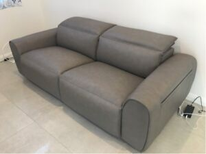 King Living Nimbus Grey Leather Reclining Couch Lounge Sofa Euc