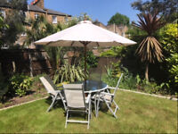 Perfect Garden Dining Set with Parasol