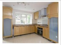 New Spacious 3 Bedroom House Available N16 Deposit Required !